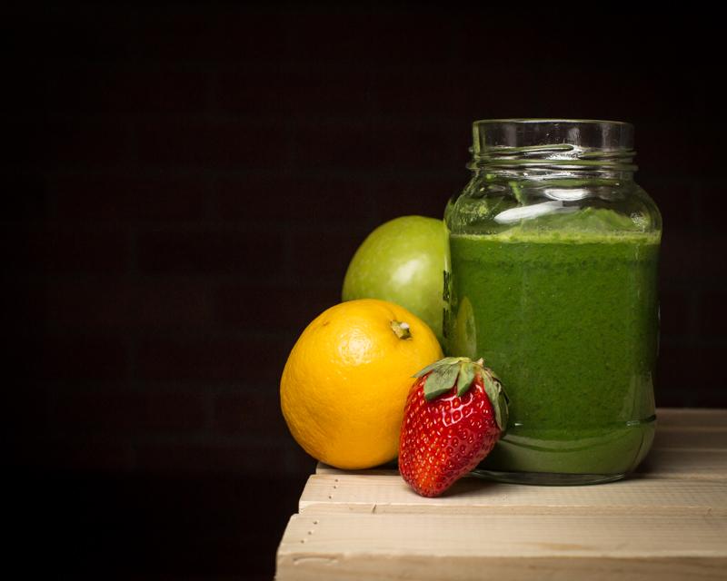 jenn-elisabeth-photography-juice-fast-strawberry-11