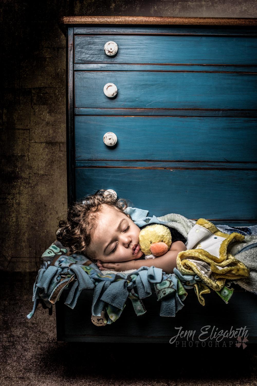 Jenn-Elisabeth-Photography-baby-drawer-sleeping-portrait